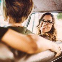 6 mẹo lái xe mùa hè ít người biết