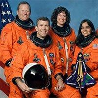 7 phi hành gia thiệt mạng năm 2003 vì một miếng bọt cách nhiệt