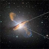 Ảnh chụp chùm tia phản lực phóng ra từ hố đen