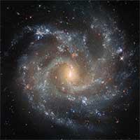 Ảnh chụp thiên hà cách Trái đất 140 triệu năm ánh sáng