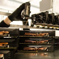 Ảnh thực tế mỏ khai thác tiền ảo bitcoin tại Iceland