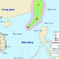 Áp thấp nhiệt đới trên biển Đông di chuyển chậm