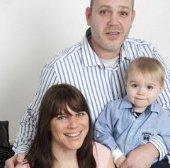 Bà mẹ sinh 2 con cách nhau 6,5 tháng