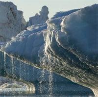 Băng tan ở hai cực làm cong bề mặt Trái đất