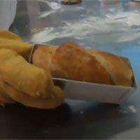 Bánh mì giàu protein làm từ bột gián