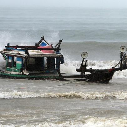 Bão chưa vào, Đà Nẵng đã thiệt hại