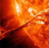 Bão mặt trời tấn công trái đất