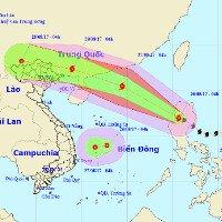 Bão Pakhar và áp thấp nhiệt đới cùng đang