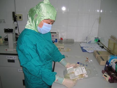 Bệnh nhân HIV đầu tiên được chữa khỏi