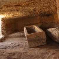 Bí ẩn cá sấu không đầu trong khu mộ cổ 3.400 năm tuổi
