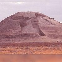 Bí ẩn đài tưởng niệm hình kim tự tháp cổ nhất thế giới