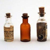 Bí ẩn độc dược sát phu giết hơn 600 đàn ông, chỉ 4 giọt là chết không dấu vết
