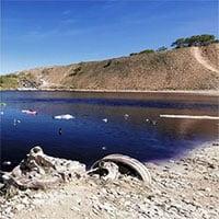 Bí ẩn kinh hãi trong hồ nước đẹp mê người khiến dân mạng