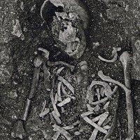 Bí ẩn những bộ xương cốt bị đập vỡ tại một ngôi làng cổ nước Anh