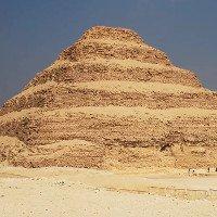 Bí ẩn quanh kim tự tháp lâu đời nhất ở Ai Cập