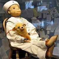 Bí mật đằng sau con búp bê bị nguyền rủa trong bảo tàng Mỹ