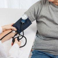 Biểu hiện của tụt huyết áp, nguyên nhân và cách xử lý