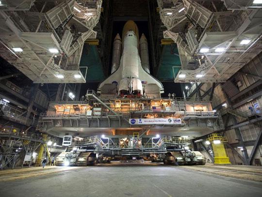 Bình nhiên liệu tàu Discovery xuất hiện 2 vết nứt