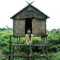 Bộ lạc nơi bố mẹ xây chòi cho con gái