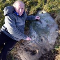 Bức ảnh tự sướng 4000 năm trên tảng đá