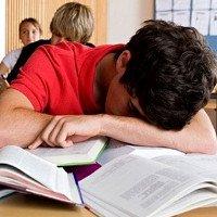 Buồn ngủ vào ban ngày cảnh báo bệnh nghiêm trọng