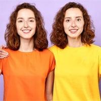 Các cặp sinh đôi giống hệt nhau thì dấu vân tay có giống nhau hay không?