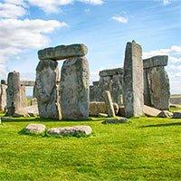 Các nhà khảo cổ tìm thấy bằng chứng những người xây dựng bãi đá cổ Stonehenge