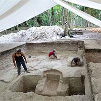 """Các nhà khảo cổ tìm thấy """"phòng tắm hơi cổ đại"""" của người Maya"""