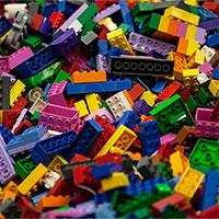 Các nhà khoa học tạo ra khối Lego lạnh nhất vũ trụ