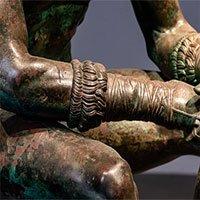 Cách thức bí truyền tạo nên hợp kim đồng đen huyền bí của người Hy Lạp cổ