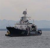 Cảnh sát biển chống hải tặc bằng vũ khí gì?