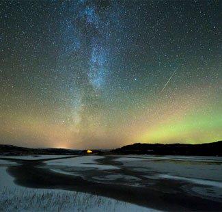Cảnh tượng mưa sao băng Orionids