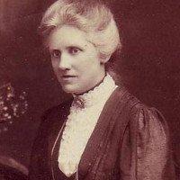 Câu chuyện về người phụ nữ bị khoa học lãng quên và ước mơ đuổi theo Mặt trời