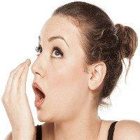 Chẩn đoán ung thư phổi qua… mùi hơi thở