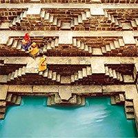 Chand Baori - Giếng nước cổ độc đáo với kiến trúc ấn tượng của Ấn Độ