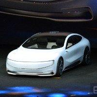 Chỉ 3 tuần sau bom tấn Tesla, Trung Quốc đã có câu trả lời: Xe điện tự lái hoàn toàn