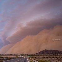 Choáng ngợp với cảnh tượng cơn bão cát khồng lồ trên bầu trời Arizona, Mỹ