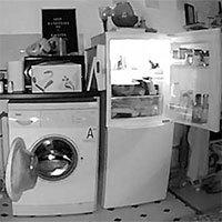 Chủ nhà lắp camera phát hiện tủ lạnh và máy giặt