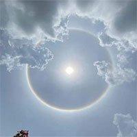 Chùm ảnh quầng mặt trời xuất hiện tuyệt đẹp ở nhiều tỉnh Đông Nam Bộ