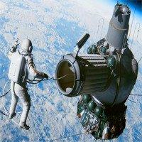Chuyến đi bộ ngoài không gian suýt biến thành thảm kịch của Liên Xô