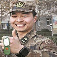 """Có gì trong """"thẻ bài quân nhân"""" công nghệ cao của binh sĩ Trung Quốc?"""