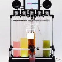 Cỗ máy ép nước trái cây theo điệu nhạc