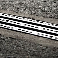 Con đường sạc điện cho xe đầu tiên thế giới