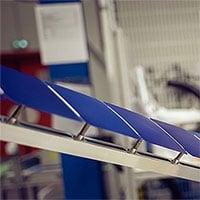 Công nghệ pin mặt trời mới có thể dán trực tiếp mái nhà