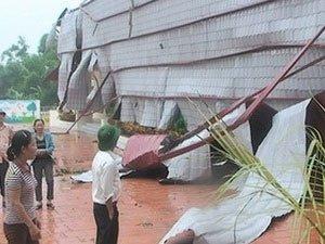 Cuồng phong tàn phá khu vực thủy điện Lai Châu