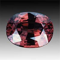 Đá Alexandrite: Loại đá quý đắt giá hơn kim cương