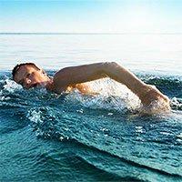 Da của bạn có thể bị vi khuẩn tấn công chỉ trong 10 phút bơi trên biển
