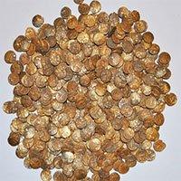 Đào được bình cổ đựng 1.300 đồng tiền vàng trị giá tới 1 triệu USD