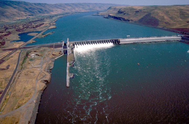 Đập nước gây biến đổi khí hậu