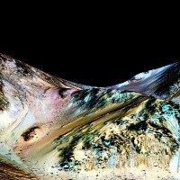 Dấu vết nước lỏng chảy trên sao Hỏa có thể không chính xác